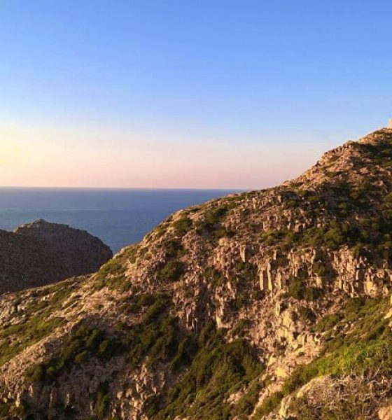Sardegna, vacanza tra mare, città e storia