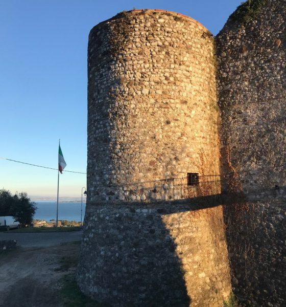 Castello di Padenghe. Panorama sul lago di Garda