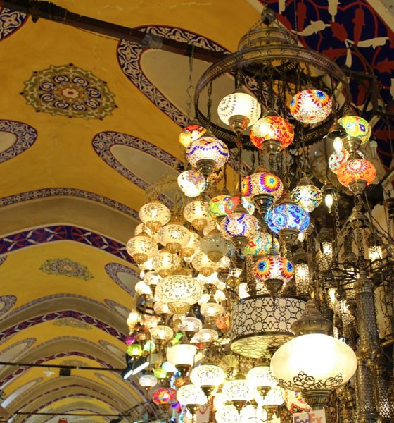 Istanbul tra l'Oriente e l'Occidente